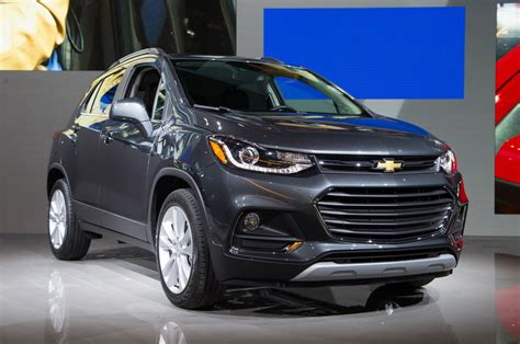 New Chevrolet Trax 2017 2017 chevrolet trax look review motor trend