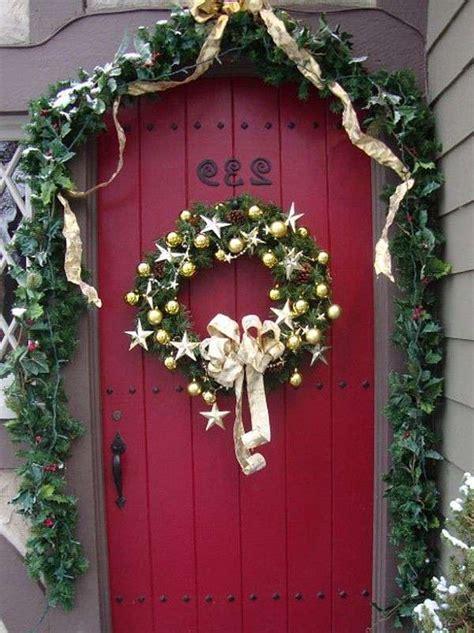decorare le porte natale decorare le porte d ingresso il corriere net
