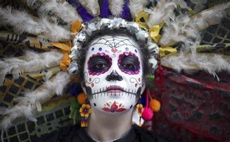 fotos la catrina reina de los muertos mexicanos publimetro la ciudad de m 233 xico de fiesta en las celebraciones del