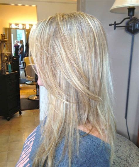 foiling lowlights on bleached hair cute blonde hair with lowlights hairstyles pinterest