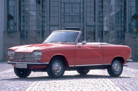 classic peugeot coupe peugeot 204 cabriolet 1967 peugeot cabriolet classic