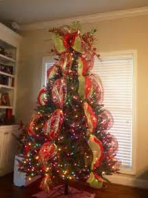 Tree decorations with mesh ribbons christmas trees with deco mesh