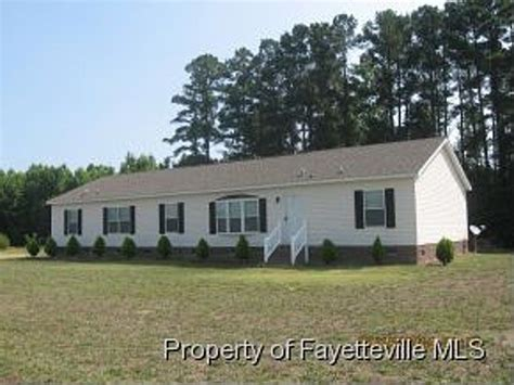 626 edgewater dr raeford nc 28376 foreclosed home