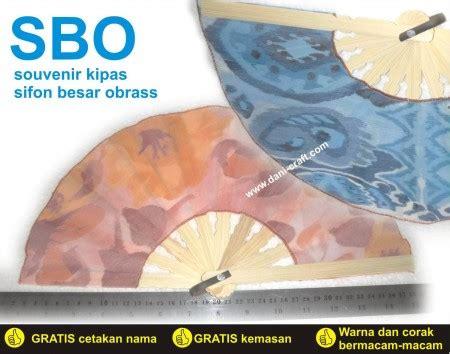 Souvenir Kipas Besar souvenir kipas sifon besar obrass sbo souvenir pernikahan