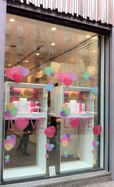 valentines day jewelery valentines day window display ideas and suggestions