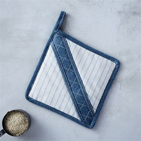 To Market Pot Holders by West Elm Whole Foods Market 174 Pot Holders West Elm