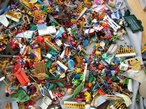 chaos in kinderzimmer 10 tipps f 252 r mehr ordnung im kinderzimmer 2 mamiweb de