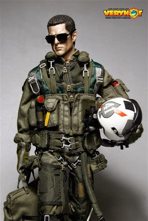fighter q figure 16 jet fighter pilots figures images