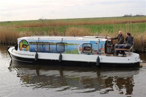 weekend motorjacht huren friesland boating circa 30 unieke motorboten in de verhuur