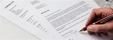 Unterschrift Lebenslauf Ganz Unten Bewerbung Und Lebenslauf Unterschreiben Azubiyo