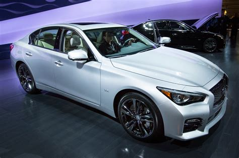 infiniti lineup 2016 infiniti q50 engine lineup shown in chicago
