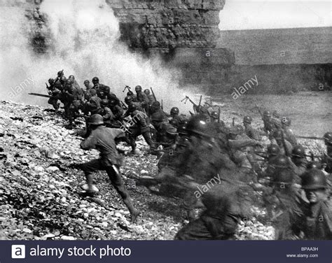 libro d day the battle for d day landing scene the longest day 1962 stock photo 30960261 alamy