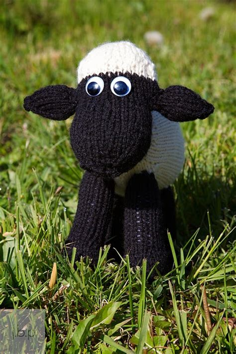 knitting pattern sheep motif 1000 images about knitting animals on pinterest sheep