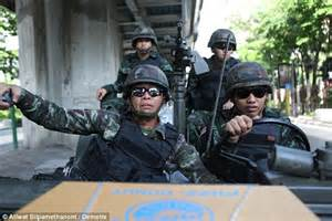 Grip Sinagawa Brng Thailand thailand crisis talks collapse as army tightens its grip after declaring martial daily