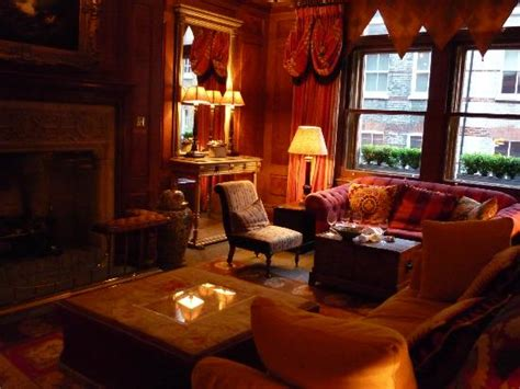 hotels in covent garden with family rooms the library at covent garden hotel picture of covent