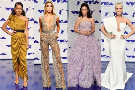 the best fashion at the mtv vmas 2017 the best fashion looks from the red carpet
