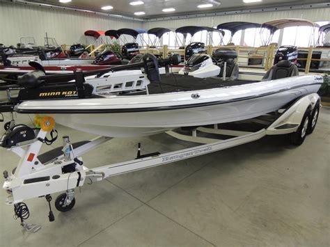 ranger bass boat steering wheel ranger bass boats newz520c boattest