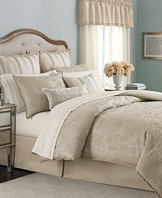 martha stewart coverlet 1000 ideas about bed bath on pinterest home home