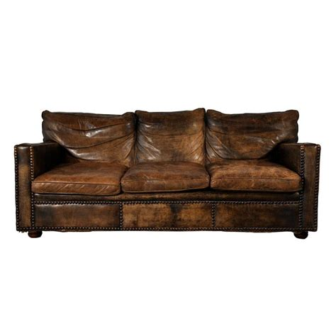 distressed leather sofa bed 25 best ideas about distressed leather couch on pinterest