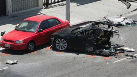 tesla road vehicle self driving tesla vehicle kills passenger in car crash