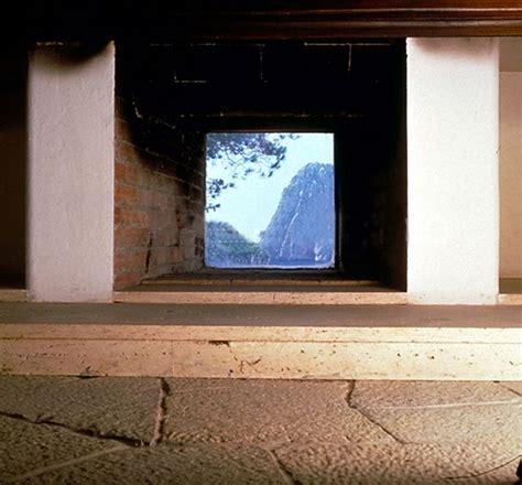 casa malaparte interni casa malaparte the fireplace with vue nel libro di axel