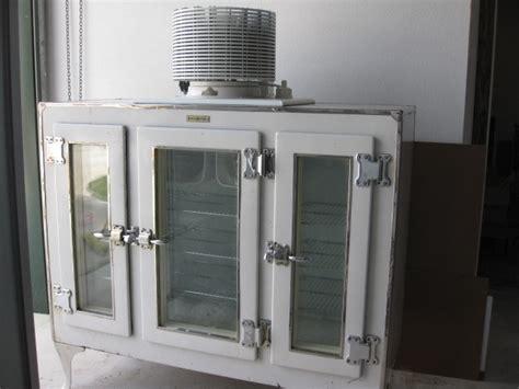 ge glass door refrigerator l k 1927 ge monitor top 3 glass door refrigerator