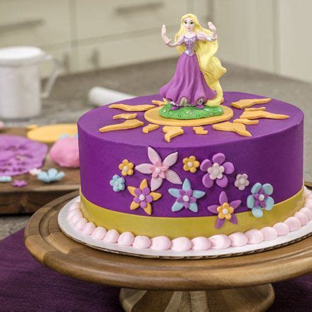 25 best ideas about rapunzel cake on pinterest tangled party foods rapunzel birthday cake