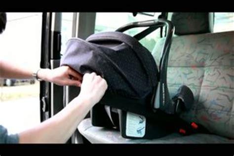 Wie Baut Man Einen Subwoofer Ins Auto Ein by Video Wie Baue Ich Einen Kindersitz Im Auto Richtig Ein