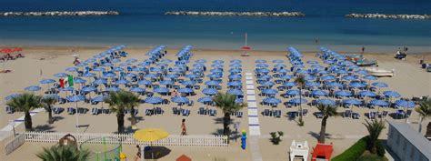 appartamenti nelle marche sul mare last minute residence per vacanze al mare a san benedetto