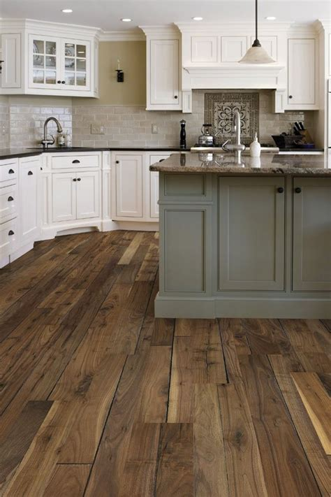 flooring ideas for kitchens 226 best kitchen floors images on pinterest kitchens