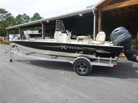 xpress boat paint colors 2015 xpress h20 bay gulf to lake marine and trailers