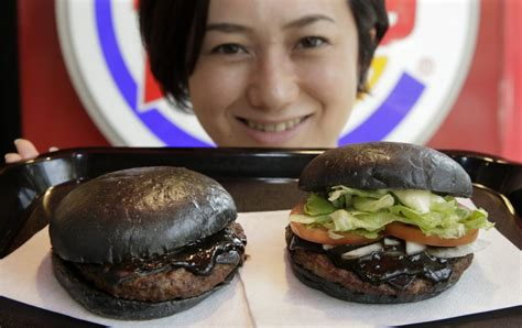 Jp Black burger king is debuting a black burger in japan because everything is terrible for the win