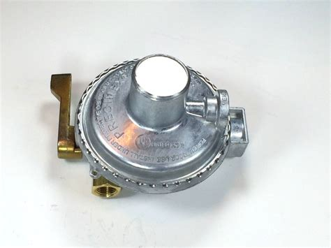 Regulator Gas High Pressure Nis0909 propane regulator two way valve for two tanks lp gas low pressure ebay