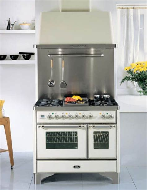 vintage style kitchen appliance 1000 images about kitchen appliances on pinterest stove