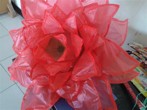 Bunga Antik Bunga Plastik smp darush sholihin membuat kostum fashion show atau