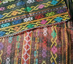 Songket Tenun Palembang Sadum Salur Tumpal Ulos ceremonial textile ulos ragidup indonesia textiles textiel