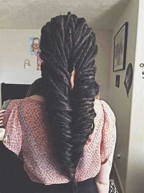 simple  stunning fishtail braid styles