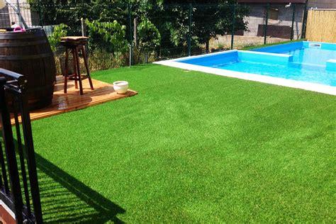 giardino sintetico applicazione erba sintetica per tutti i giardini
