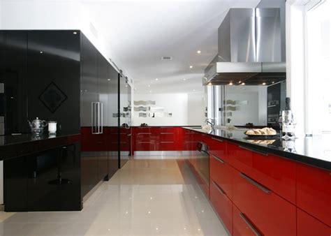 Open Floor Plan Decorating Ideas by 15 Lindas Cozinhas Para Quem Adora Vermelho Limaonagua