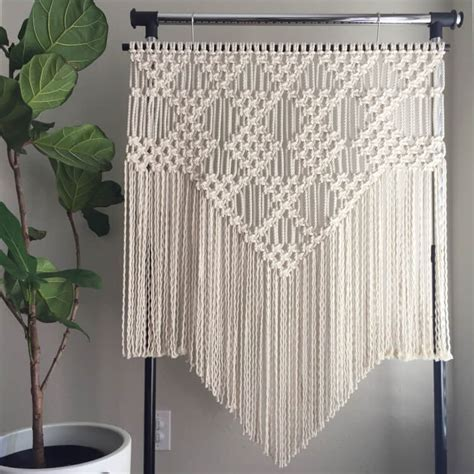 Macrame Stitches - 11 modern macrame patterns happiness is