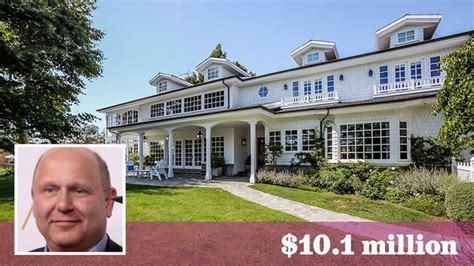 What Is A Colonial House Property Chris Meledandri Buys In Brentwood