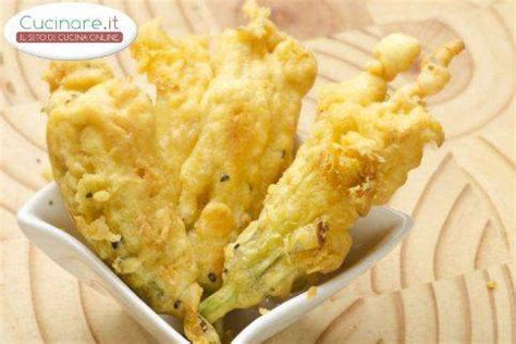 ricetta dei fiori di zucca in pastella fiori di zucca in pastella cucinare it