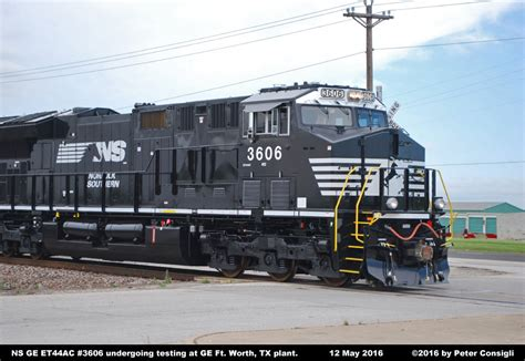 www southern norfolk southern ge et44ac locomotive photos