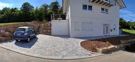 kosten pflasterarbeiten einfahrt pflastern preis mit pflastersteine beton verlegen