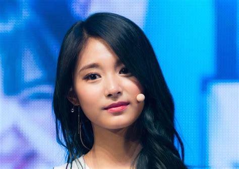 Kaos Kekinian Perempuan Semua Wanita Cantik Lahir Mei 20 artis tercantik di korea meski tanpa make up diedit