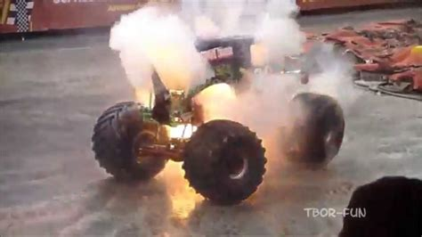 monster truck show accident best of monster truck grave digger jumps crashes
