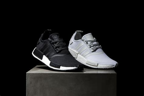 Sepatu Adidas Nmd Black White Anmd Bw adidas nmd r1 reflective black white 3 sneakernews