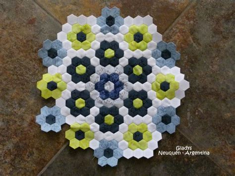 pattern of english paper 17 best images about english paper piecing on pinterest