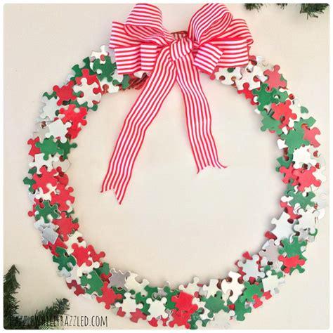 1000 Images About Makin Wreaths Puzzle Pieces Diy Wreath Diyideacenter