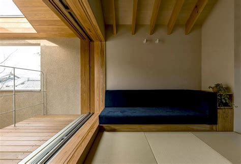 Japan Micro House with Small Zen Garden   InteriorZine